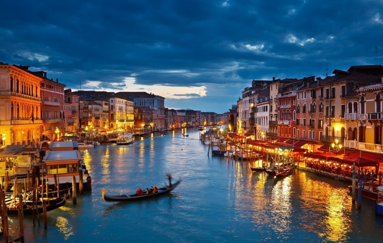 Nighttime on the Grand Canal