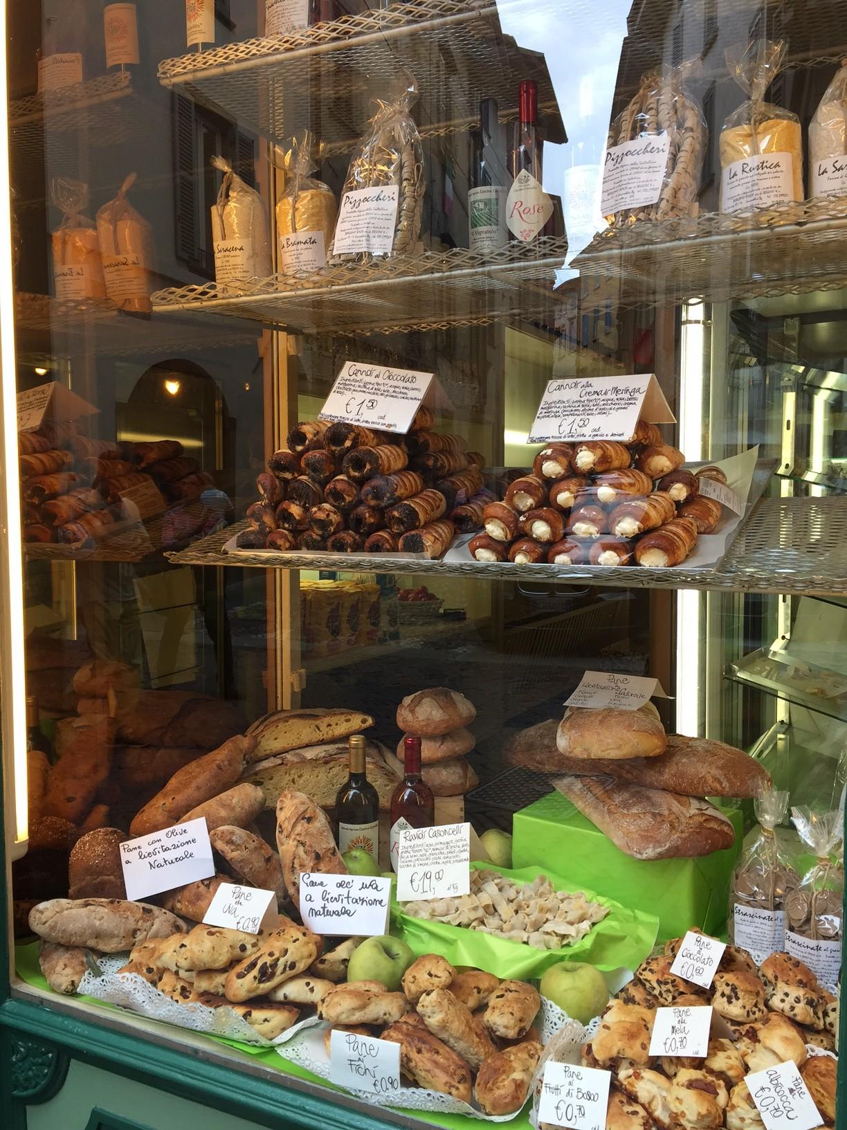 Bergamo Cannolis in a Store Window