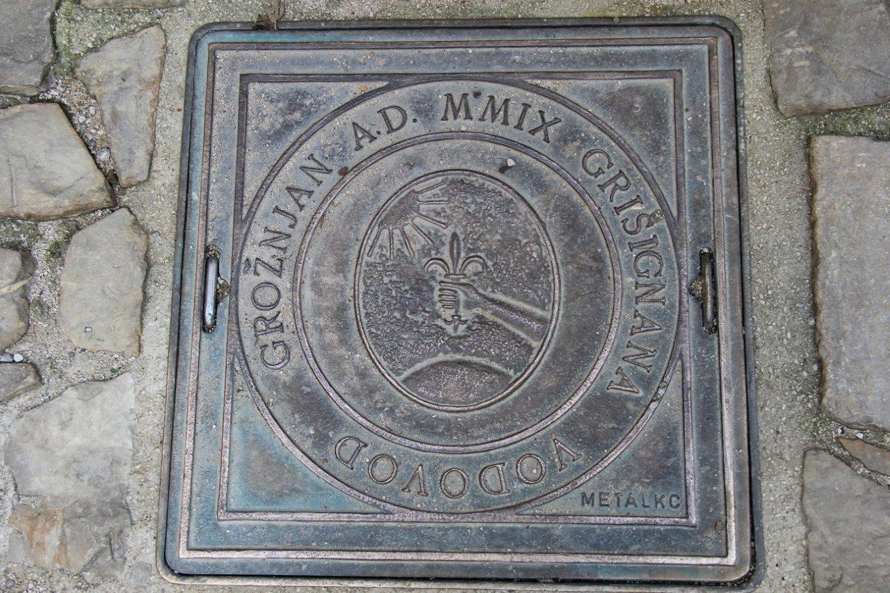 Groznjan Croatia placard