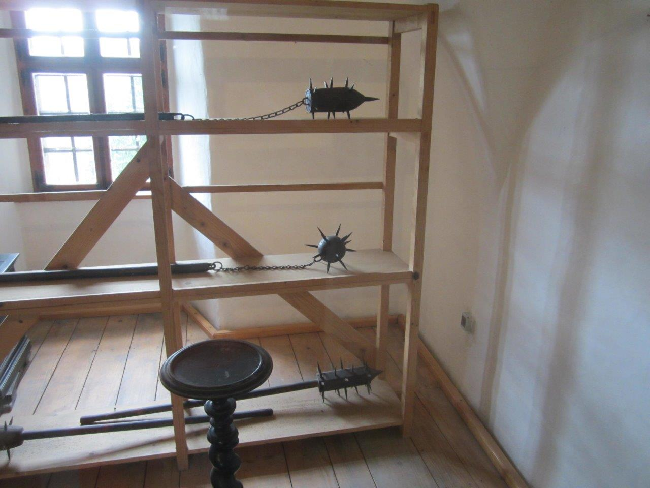 Predjama Castle weapons