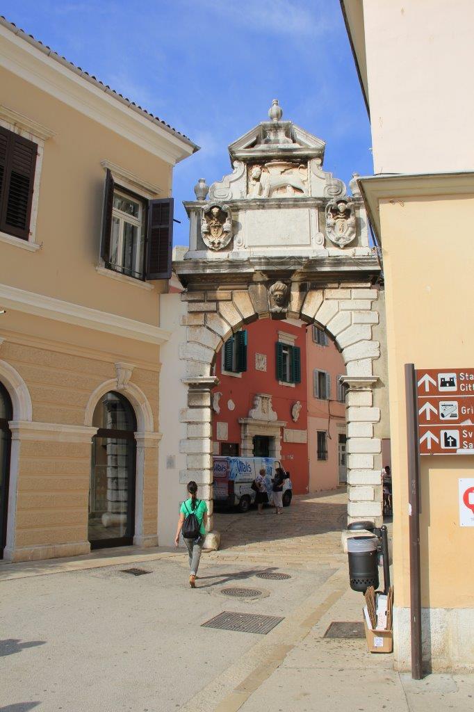 Rovinj Gate to Stari Grad (Old Town)