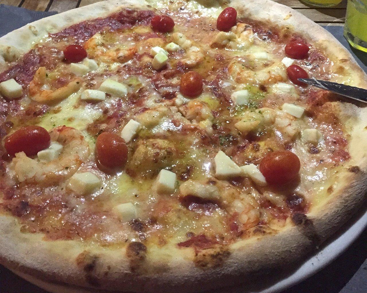 House Special Shrimp Pizza