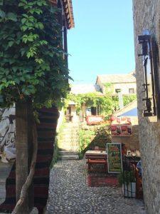 Mostar Alley