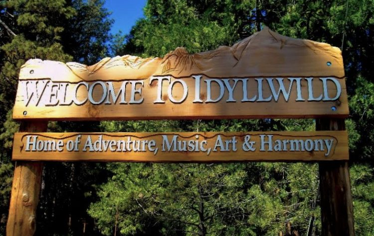Welcome to Idyllwild sign