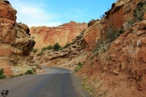 Awesome scenic drive among giant red rocks in Capitol Reef